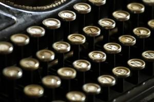 typewriter-472850_960_720